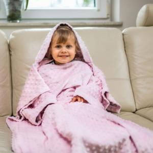 02361 DR Detská deka s rukávmi Ružová