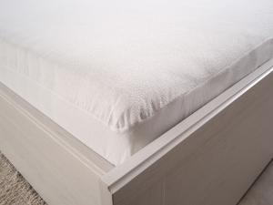 B.E.S. - Petrovice, s.r.o. Nepropustný hygienický chránič matrace Rozměr: 160 x 200