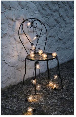 Čierna svetelná LED reťaz vhodná do exteriéru Star Trading Party, 16 svetielok
