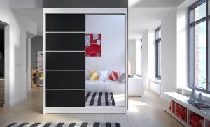 Čierno-biela skriňa Florrie 150 cm