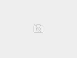 Čierno-biela zrkadlová skriňa Merida 150 cm