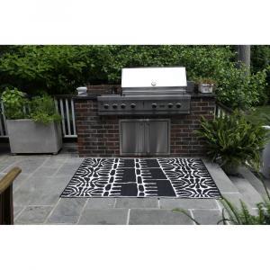 Čierny obojstranný vonkajší koberec z recyklovaného plastu Fab Hab Serowe Black, 150 x 240 cm