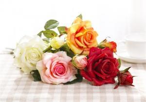 Dekoračné umelé ruže Farba: žltá
