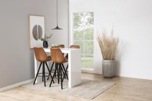 Dizajnová barová stolička Nascha, brandy
