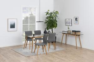 Dizajnová jedálenská stolička Alberic, svetlosivá