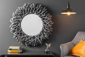 Dizajnové nástenné zrkadlo Kenley, 80 cm, sivé
