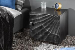 Dizajnový nočný stolík Shayla 50 cm čierne mango