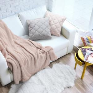 DomTextilu Chlpatá ružová obliečky s modnym prešívaním 45 x 45 cm 38714-181853