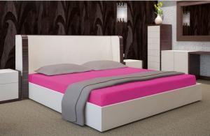DomTextilu Cyklamenová bavlnená plachta na posteľ 7508-20366