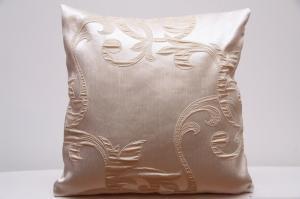 DomTextilu Dekoračné obliečky na vankúše béžové s motívom 40x40 cm 4707-124527