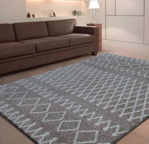 DomTextilu Kvalitný béžový koberec so vzorom 13129-38759