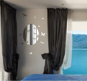 DomTextilu Nástenné ozdobné zrkadlo s motýľmi 8027