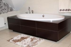 DomTextilu Tmavo krémové kúpeľňové koberce Šírka: 50 cm | Dĺžka: 70 cm 5342-14334