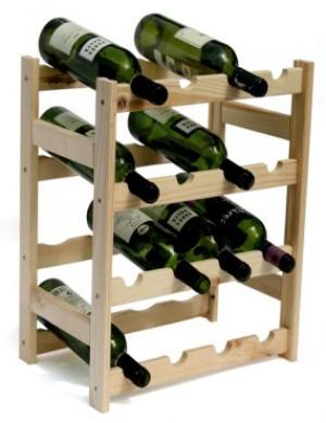 Drevený regál na víno