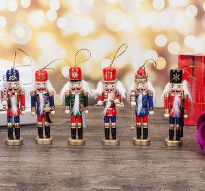 Drevený vianočný vojačik