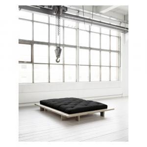 Dvojlôžková posteľ z borovicového dreva s matracom Karup Design Japan Double Latex Raw/Black, 160 × 200 cm