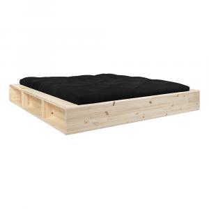 Dvojlôžková posteľ z masívneho dreva s úložným priestorom a čiernym futonom Comfort Karup Design, 160 x 200 cm
