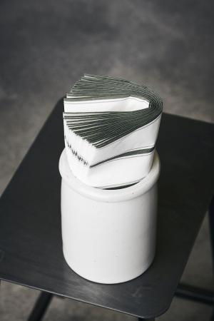 House Doctor Papierové obrúsky Stripe Dusty green 40 ks
