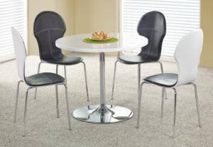 Jedálenský stôl: halmar omar