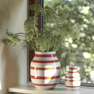 KÄHLER Keramická váza Omaggio Scarlet 20 cm