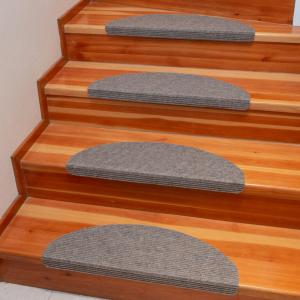 Koberec na schody QUICKSTEP polkruh béžový sada 2 kusov