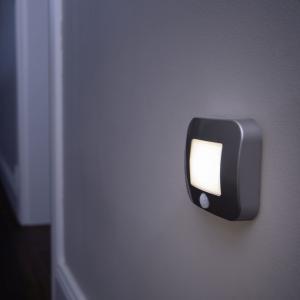 LEDVANCE LEDVANCE Nightlux Hall nočná LED, senzor striebro