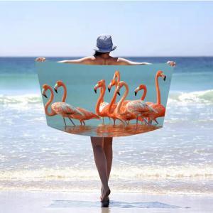Letná plážová osuška s motívom plameniakov 100 x 180 cm