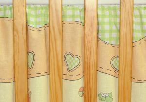 MAMO TATO - Krásny volánik pod matrac - Bocian zelený