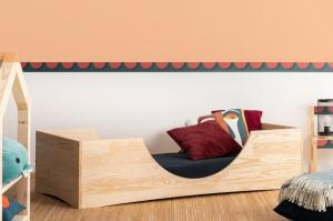 MAXMAX Detská dizajnová posteľ z masívu PEPE 2 - 200x90 cm