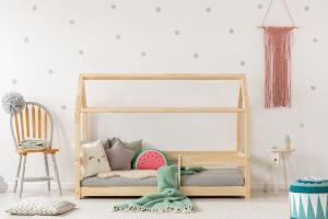 MAXMAX Detská posteľ z masívu DOMČEK - TYP B 200x80 cm