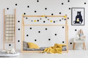 MAXMAX Detská posteľ z masívu DOMČEK - TYP E 200x80 cm