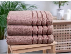 MKLuzkoviny.cz Bambusový uterák 50 × 100 cm ‒ Noemi svetlo hnedý