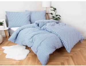 MKLuzkoviny.cz  Bavlnené obliečky Renforcé – Stripes Blue, 140 × 200 cm / 70 × 90 cm