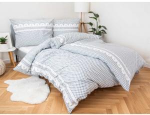 MKLuzkoviny.cz  Predĺžené bavlnené obliečky Renforcé  – Chalupa sivá,  140 × 220 cm / 70 × 90 cm