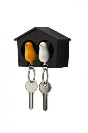 Nástenný držiak s kľúčenkami Qualy Duo Sparrow, hnedá búdka/ biela + oranžová kľúčenka