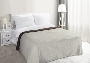 bcaf07c3aa26d Prehoz na posteľ 240x220cm - Eurofirany - Viki (krémová + hnedá). Akcia -