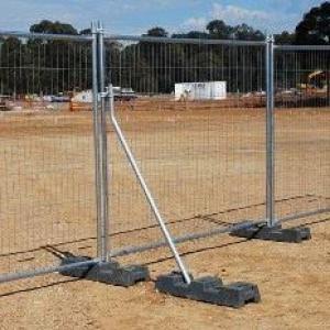 Príslušenstvo k mobilným panelom Vzpera pre diel mobilného plotu
