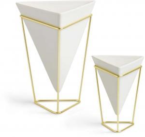 Sada 2 bielych keramických kvetináčov s konštrukciou v zlatej farbe Umbra Trigg