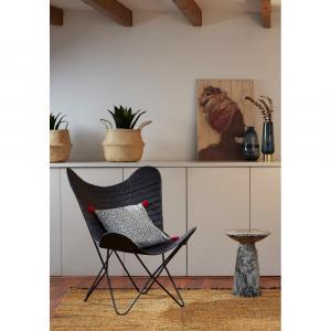 Sivý odkladací stolík La Forma Kesbury, výška 33 cm