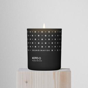 SKANDINAVISK Vonná sviečka KOTO (domov) 200 g