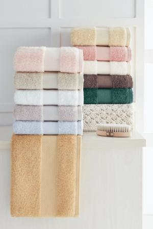 Soft Cotton Luxusné uterák DELUXE 50x100cm. Najlepšie uteráky, ktoré spĺňajú požiadavky na savosť, hebkosť a ľahkú údržbu. Svetlo modrá
