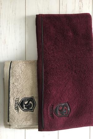 Soft Cotton Malý uterák LUXURY 32x50 cm. Malý uterák LUXURY zo 100% česanej bavlny je v ponuke v dvoch veľmi zaujímavých farbách: Bordo a béžovej. Bordo