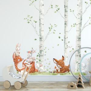 Srnky so zajačikmi v brezovom lese