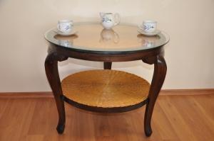 stolík ratan - drevo Betawi