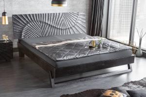 Štýlová posteľ Shayla 180 x 200 cm čierne mango