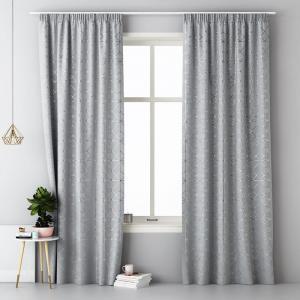 Svetlo sivý škandinávsky záves na štipce 140 x 280 cm