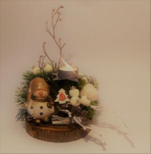 vianočný svietnik so snehuliakom 22 x 24 cm