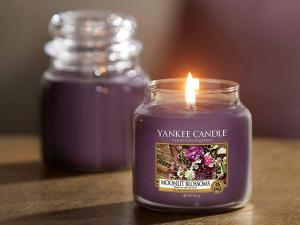 Yankee Candle Sviečka Yankee Candle 411g - Moonlit Blossoms