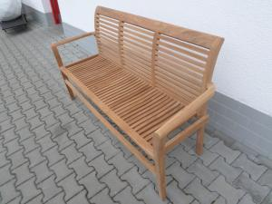 - Záhradná lavica Stucking - 150 cm
