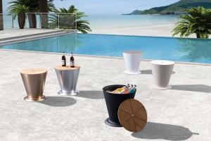 Záhradný stolík HIGOLD - ICOO Black